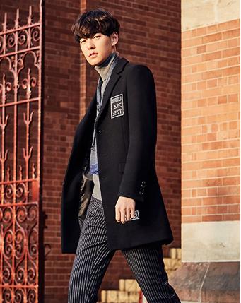 字母黑色长款韩版大衣